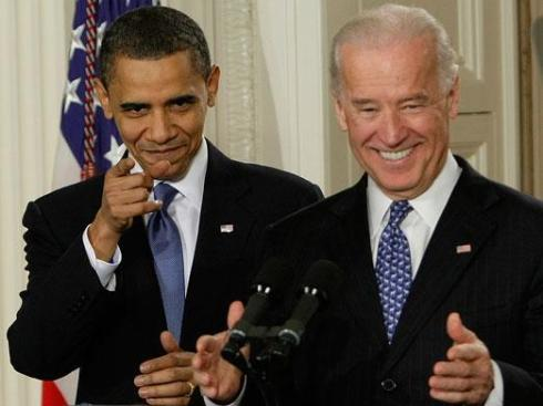 100323_obama_biden_point_ap_392_regular